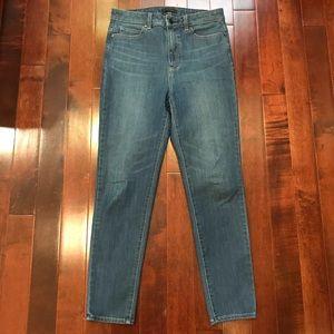 UNIQLO Tapered Skinny High Rise Denim Jeans 30
